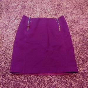 Worthington stylish purple pencil skirt